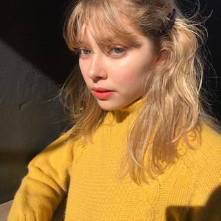 セミロング 抜け感 ハイトーン ハイライト ヘアスタイルや髪型の写真・画像 ヘアスタイルや髪型の写真・画像