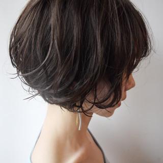 似合わせ ショートボブ 涼しげ オフィス ヘアスタイルや髪型の写真・画像