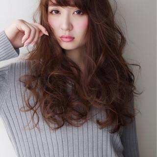 外国人風 波ウェーブ ロング 抜け感 ヘアスタイルや髪型の写真・画像