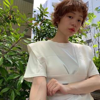 オレンジ フェミニン ハイトーンカラー ショート ヘアスタイルや髪型の写真・画像