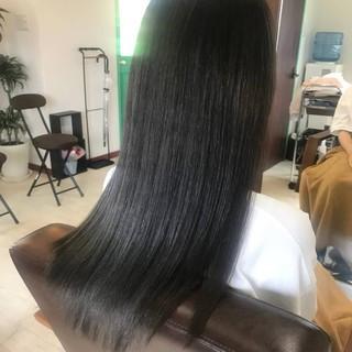 ナチュラル ロング アッシュ アッシュグレー ヘアスタイルや髪型の写真・画像