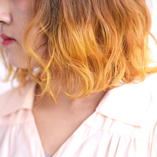 波ウェーブ グラデーションカラー 派手髪 ボブ ヘアスタイルや髪型の写真・画像