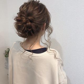ロング アップ お団子 ねじり ヘアスタイルや髪型の写真・画像