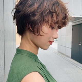 ナチュラル ショートボブ ハンサムショート PEEK-A-BOO ヘアスタイルや髪型の写真・画像