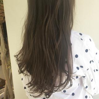 ベージュ ラベンダーアッシュ ラベンダー 透明感 ヘアスタイルや髪型の写真・画像