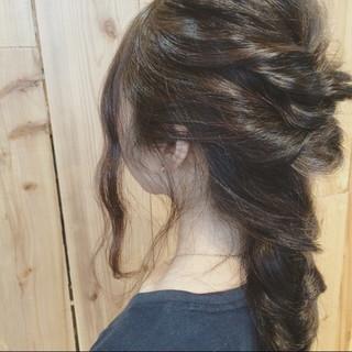 結婚式 編み込み ナチュラル デート ヘアスタイルや髪型の写真・画像