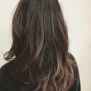 バレイヤージュ 外国人風 アッシュグレージュ 外国人風カラー ヘアスタイルや髪型の写真・画像