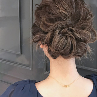 ハイライト ヘアアレンジ 波ウェーブ セミロング ヘアスタイルや髪型の写真・画像