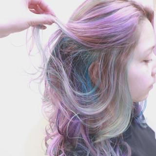 ストリート バレイヤージュ パープル ハイライト ヘアスタイルや髪型の写真・画像