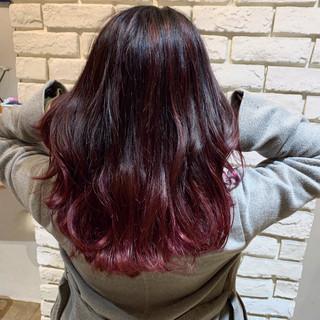 ピンク ミディアム バレイヤージュ モード ヘアスタイルや髪型の写真・画像