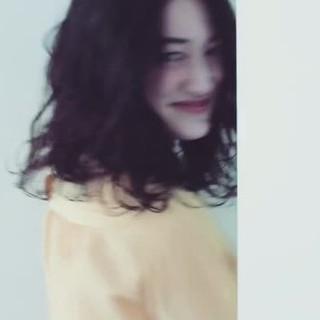 ミディアム ボブ 大人女子 かき上げ前髪 ヘアスタイルや髪型の写真・画像