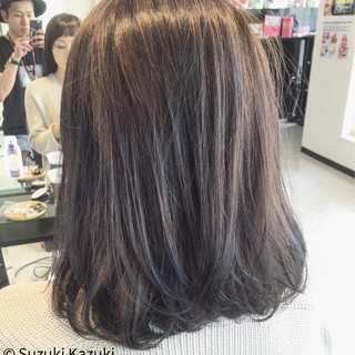 ネイビー グレー グラデーションカラー ネイビーアッシュ ヘアスタイルや髪型の写真・画像
