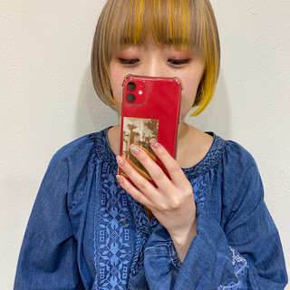 ミルクティーベージュ ハニーイエロー ショートボブ ショート ヘアスタイルや髪型の写真・画像