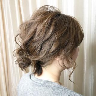 パーティ ナチュラル ヘアアレンジ ミディアム ヘアスタイルや髪型の写真・画像