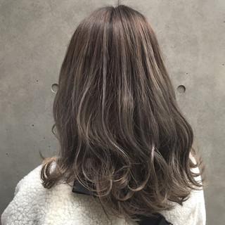 透明感 ストリート ミディアム 外国人風 ヘアスタイルや髪型の写真・画像