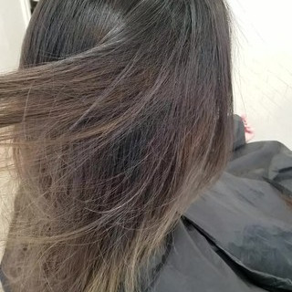GALON izumi TAKA 縮毛矯正さんのヘアスナップ