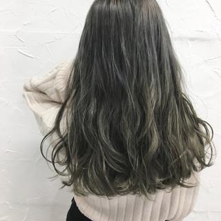 外国人風 セミロング ガーリー 渋谷系 ヘアスタイルや髪型の写真・画像