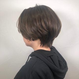 デート ショート アウトドア オフィス ヘアスタイルや髪型の写真・画像