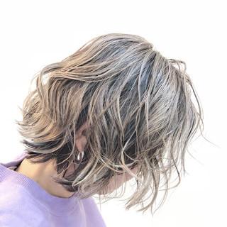 バレイヤージュ ボブ ハイライト グレージュ ヘアスタイルや髪型の写真・画像 ヘアスタイルや髪型の写真・画像