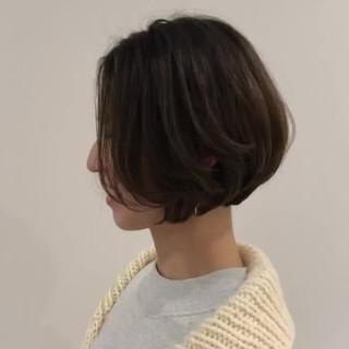 ショートボブ まとまるボブ ベージュ ミルクティーベージュ ヘアスタイルや髪型の写真・画像