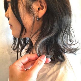 デート ミディアム オフィス グラデーションカラー ヘアスタイルや髪型の写真・画像