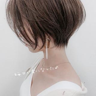 小顔ショート ナチュラル ショートボブ ミニボブ ヘアスタイルや髪型の写真・画像