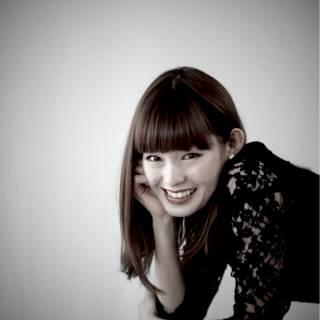 ロング 前髪パッツン ヘアスタイルや髪型の写真・画像