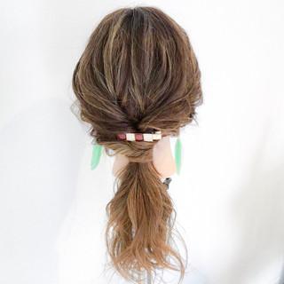 簡単ヘアアレンジ 梅雨 雨の日 ロング ヘアスタイルや髪型の写真・画像 ヘアスタイルや髪型の写真・画像