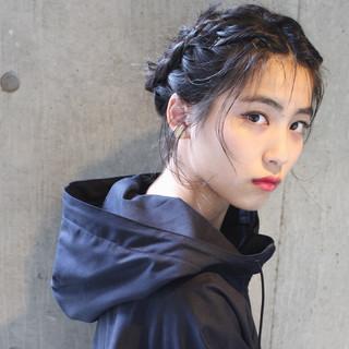 黒髪 簡単ヘアアレンジ ハーフアップ ミディアム ヘアスタイルや髪型の写真・画像 ヘアスタイルや髪型の写真・画像