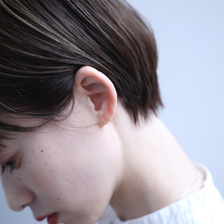 前髪パッツン ハイライト ショート ショートボブ ヘアスタイルや髪型の写真・画像