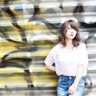 スモーキーアッシュ 黒髪 パーマ ストリート ヘアスタイルや髪型の写真・画像