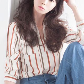 グラデーションカラー ゆるふわ ピュア 外国人風 ヘアスタイルや髪型の写真・画像
