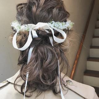 ブライダル ヘアアレンジ ナチュラル ミディアム ヘアスタイルや髪型の写真・画像