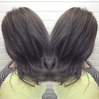 アッシュ セミロング ダークアッシュ 暗髪 ヘアスタイルや髪型の写真・画像