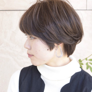 透明感カラー 簡単スタイリング ショート 大人かわいい ヘアスタイルや髪型の写真・画像