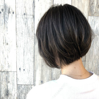 マッシュ コンサバ イルミナカラー 暗髪 ヘアスタイルや髪型の写真・画像