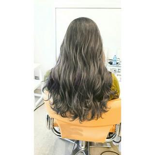 外国人風 ロング 暗髪 ブルージュ ヘアスタイルや髪型の写真・画像