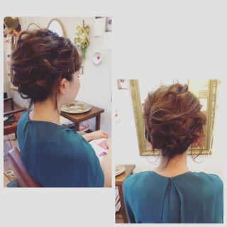 編み込み ゆるふわ 結婚式 大人かわいい ヘアスタイルや髪型の写真・画像