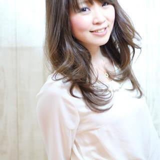 フェミニン デート ロング 大人かわいい ヘアスタイルや髪型の写真・画像