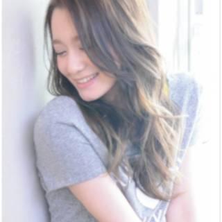 ストリート 外国人風 大人かわいい ゆるふわ ヘアスタイルや髪型の写真・画像