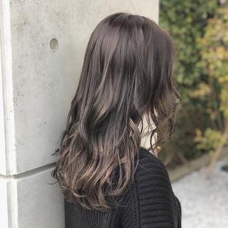 アンニュイ こなれ感 外ハネ 暗髪 ヘアスタイルや髪型の写真・画像