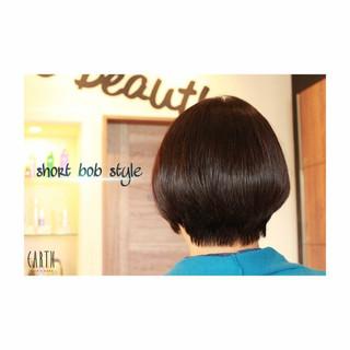 ショートボブ 大人かわいい ナチュラル ボブ ヘアスタイルや髪型の写真・画像