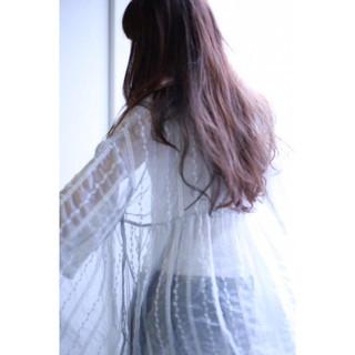 アッシュ 透明感 リラックス ロング ヘアスタイルや髪型の写真・画像