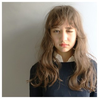 外国人風 アッシュ ロング ストリート ヘアスタイルや髪型の写真・画像