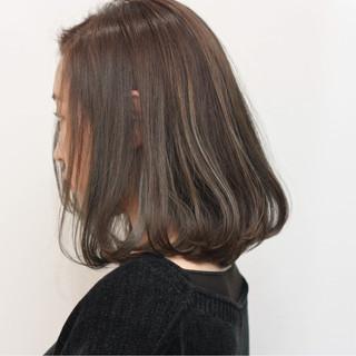 ミルクティー ボブ デート ニュアンス ヘアスタイルや髪型の写真・画像