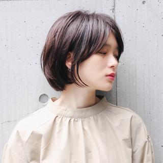 アンニュイほつれヘア ミニボブ 切りっぱなしボブ アウトドア ヘアスタイルや髪型の写真・画像