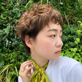ベリーショート PEEK-A-BOO ハンサムショート 阿藤俊也 ヘアスタイルや髪型の写真・画像