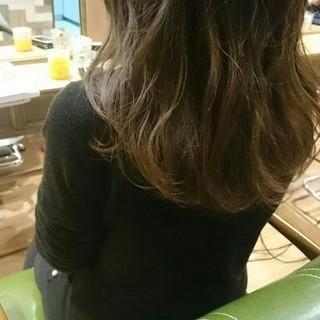外国人風 セミロング ガーリー グラデーションカラー ヘアスタイルや髪型の写真・画像