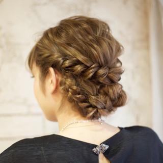 大人かわいい 結婚式 ヘアアレンジ 外国人風 ヘアスタイルや髪型の写真・画像 ヘアスタイルや髪型の写真・画像
