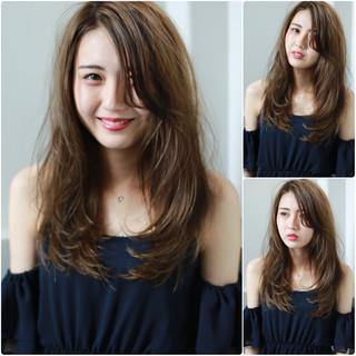 外国人風カラー セミロング ロング フェミニン ヘアスタイルや髪型の写真・画像
